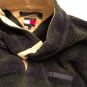 Vintage Tommy Hilfiger sweater (1990)